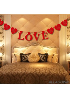 Wedding Room Decoration Non-Woven Fabric Love Word Pull Flower Total Length 3.15 Meters